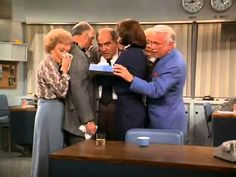 The Mary Tyler Moore Show -- The Last Show (the last 5 minutes)
