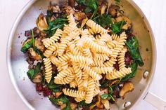Fusilli with Spinach, Artichokes, Sun-Dried Tomatoes Yummy Pasta Recipes, Heart Healthy Recipes, Appetizer Recipes, Whole Food Recipes, Dinner Recipes, Cooking Recipes, Chicken Recipes, Sauteed Vegetables, Kochen
