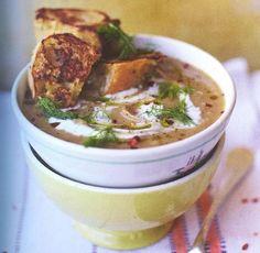 Εκπληκτική συνταγή του Jamie Oliver για σούπα με μάραθο και κρουτόν γαλλικού τύπου Onion Soup, Jamie Oliver, Cheeseburger Chowder, Broccoli, Stuffed Mushrooms, Food And Drink, Vegan, Baking, Health