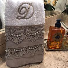 Decorative Hand Towels (Set of Egyptian Cotton Duvet Cover, Towel Crafts, Decorative Towels, Handmade Table, Luxury Towels, Guest Towels, Tea Towels, Linens And Lace, Bathroom Towels