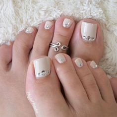 The numerous styles allow your toe nails to be perfect for any occasion and match your mood, image, and personality. Try these toe nail art! Pedicure Designs, Pedicure Nail Art, Toe Nail Designs, Toe Nail Art, Foot Pedicure, French Pedicure, Pedicure Ideas, Acrylic Nails, Pretty Toe Nails