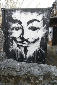 Ideas are bulletprof V for Vendetta Urban Graffiti, Street Art Graffiti, Banksy, V Pour Vendetta, Ideas Are Bulletproof, Nerd, Art Deco, Arte Popular, Land Art