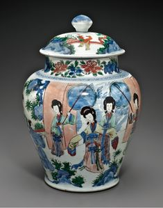A large wucai jar and cover, Transitional period, mid-17th century.