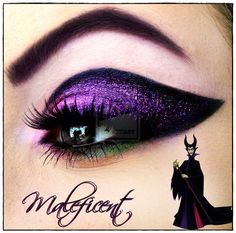This make up is stunning. I found this image of this eye make up and I'm on line. It's the perfect make up for Halloween. If you want to see me re-create this look let me know xo Disney Eye Makeup, Maleficent Makeup, Disney Inspired Makeup, Maleficent Costume, Disney Maleficent, Maleficent Halloween, Disney Villains Makeup, Yeux Halloween, Maquillaje Halloween