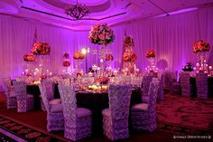 Beautiful wedding centerpieces. Floral and Decor by Avant Gardens Miami FL