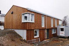 Slik blir huset moderne og miljøvennlig Renovert 50/60-tallshus med saltak Fra: forskning.no