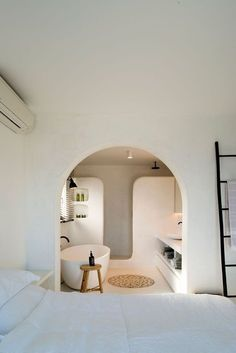 Interior Architecture, Interior And Exterior, Minimalist Architecture, Interior Plants, Concrete Bathroom, Concrete Floors, Concrete Shower, Bathroom Interior Design, Bathroom Designs