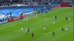 Ivan Rakitic opens the scoring for Barcelona against Real Madrid in the Ucl Final, Fc B, Gif Of The Day, Ten, Real Madrid, Barcelona Football, Goals