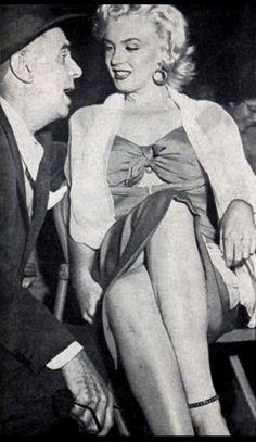 Marilyn Monroe March 1952 Gilmore Stadium in Los Angeles Norma Jean Marilyn Monroe, Baseball Star, Joe Dimaggio, Fake Pictures, Women Names, Norma Jeane, Beautiful Soul, Hollywood Stars, American Actress