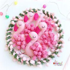 It must be (Pompom) flamingo Friday!!!  #pompomflamingos #pompomflamingo #heartfelthandmade #christmasflamingo #flamingochristmas #handmadechristmas #alliwantforchristmasisaflamingoemoji