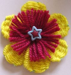 Flower Looms: Woven Flowers with Two Layers ♥LLK♥ with picture and written instructions.