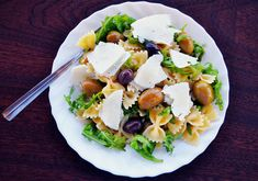 diet schedule for weight loss # Pasta Farfalle, Wok Recipes, Diet Schedule, Green Superfood, Diet And Nutrition, Superfoods, Cobb Salad, Potato Salad, Weight Loss