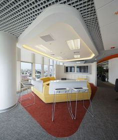 3g office has recently completed a new office in Lima, Peru for beauty products company L'Oréal.