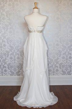 Princess strapless empire A-line wedding dress,Style No.0bg01234,US$275.00   Read More:    http://www.weddingspnina.com/index.php?r=princess-strapless-empire-a-line-wedding-dress.html