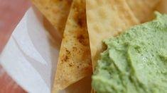 Chips de won-ton | Cuisine futée, parents pressés Pate Won Ton, Healthy Meals For Kids, Healthy Recipes, Appetizer Recipes, Appetizers, Quebec, Chips, Spring Rolls, Guacamole