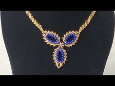 Petersburg Modeli İle Abiye Kolye Yapımı-Seed Bead Jewelery - YouTube Beaded Chocker, Collier Simple, Seed Bead Projects, Beaded Necklace Patterns, Crochet Flower Tutorial, Seed Bead Necklace, Seed Beads, Beading Tutorials, Molde