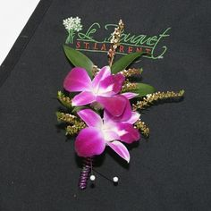 Double dendrobium Boutonniere. Find it at http://www.lebouquet.com/double-dendrobium-boutonniere