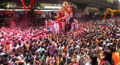 Visarjan procession