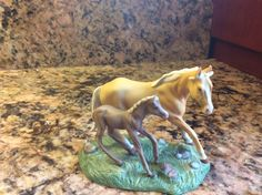 "Franklin Mint ""The World of The Horse Sculpture Collection"" Quarter Horse 