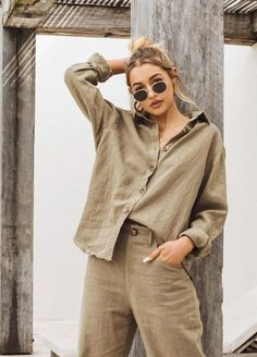 date casual outfit Beige Outfit, Look Fashion, Trendy Fashion, Fashion Trends, Streetstyle Blogger, Summer Outfits, Casual Outfits, Inspiration Mode, Mode Streetwear
