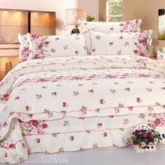 Beautiful Garden Cotton 4-Piece Queen Size Duvet Cover Set with Laciness