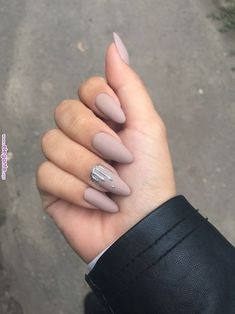 Nude Nails: 30 Nude Color Nail designs From minimalistic matte manicures to unique metallic, beaded nude nail art, we've gathered 30 of or favorite most beautiful nude nail designs for inspiration. White Gel Nails, Nude Nails, Matte Nails, Stiletto Nails, My Nails, Silver Nails, Acrylic Nails Almond Matte, Star Nails, Fall Nails