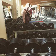 Trizeps  #diet #diät #fitforsummer2016 #fitforsummer #defi #definieren #trizeps #triceps #trainhard #eatcleantraindirty #lowcarb #nocarb #hamburg #fitness #bodybuilding #bodybeast #shredded #lifestyle #cardio by bjoernpreiser