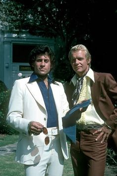 """Starsky and Hutch"" Paul Michael Glaser, David Soul .... (wow ... i don't remember them looking so strange <3 )"