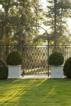 Classic Georgian inspired gate and planters