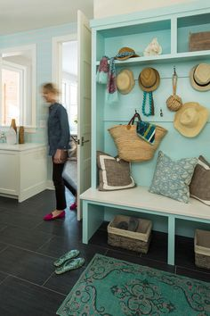 Martha O'Hara Interiors - Coastal-inspired mudroom / office (featured on House of Turquoise blog)