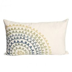 loving this pillow. this would be a fun take-along hand stitching project. Loops could be large lazydaisy stitches, or made with chain stitches.