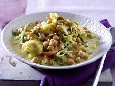 Ein Asia-Gericht, das köstlich schmeckt und herrlich durchwärmt: vegetarisches Kichererbsen-Curry. Yummy!