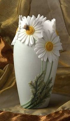 Discover thousands of images about Daisy & Bee Hand Painted TABLE VASE by Ibis & Orchid Design: Home & Kitchen Ceramic Flowers, Clay Flowers, Flower Vases, Pottery Painting, Ceramic Painting, Pottery Art, China Painting, Bottle Art, Bottle Crafts