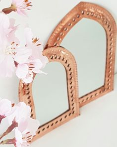 Beautiful little mirrors from Morocco. We have made them from real copper. Moroccan Lounge, Moroccan Bedroom, Moroccan Interiors, Moroccan Design, Moroccan Decor, Eclectic Decor, Pattern Mixing, Jewel Tones, Marrakech