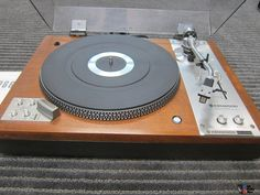 Ex Kenwood KD-5066 Auto Turntable, Owners Manual, Walnut, Non Smoking, Very Nice Quality, Well cared