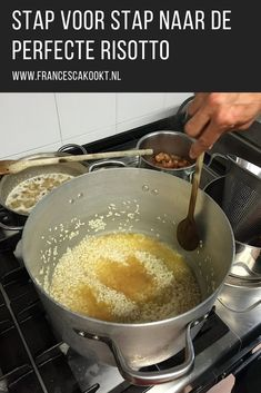 How to make risotto How To Make Risotto, Good Food, Yummy Food, Delicious Sandwiches, Nasi Goreng, Other Recipes, Side Dishes, Food And Drink, Pasta