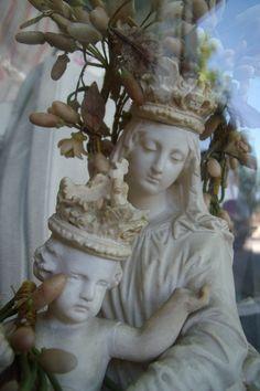 madonna, beautiful Mother.....