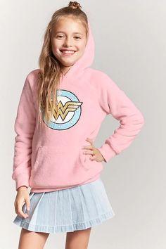 Product Name:Girls Wonder Woman Graphic Sweatshirt (Kids), Category:girls_tops, Price:19.9