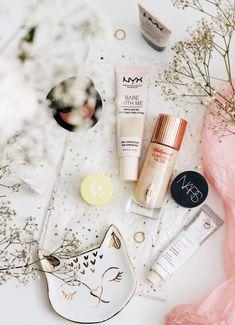 I Love Makeup, Beauty Makeup, Beauty Tips, Beauty Hacks, Product Photography, Beauty Photography, Charlotte Tilbury The Queen, Nyx Liquid Illuminator