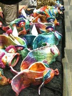 mrspicasso's art room: Sights of the OAEA Convention Clay Projects For Kids, Kids Clay, School Art Projects, Sculpture Lessons, Sculpture Projects, Sculpture Ideas, Ceramics Projects, Ceramics Ideas, Pottery Classes