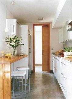 Küche Lineal Shrubs - the Way I Like It! Small Apartment Interior, Apartment Kitchen, Kitchen Interior, Kitchen Dining, Kitchen Decor, Bedroom Decor On A Budget, Small Galley Kitchens, Kitchen Tiles Design, Küchen Design