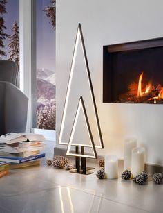 Tanne von Sompex Design in geradliniger LED Beleuchtung – viel zu schade zum Wegstellen nach der Advent- und Weihnachtszeit: http://www.ikarus.de/marken/sompex.html