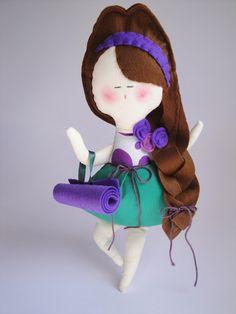 Yoga girl - handmade doll, cool way to do hair!