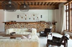 20 Classic Interior Design Styles Defined For 2019 Industrial Interior Design, Home Interior Design, Room Interior, Chalet Interior, Industrial Living, Rustic Industrial, Scandinavian Interior, Rustic Home Interiors, Modern Interiors