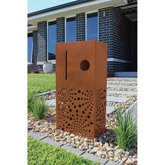 Find Elite Letterboxes Centric Rust Pillar Letterbox at Bunnings Warehouse. Visit your local store for the widest range of garden products.