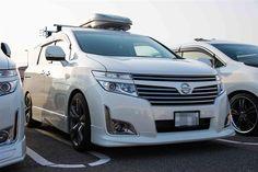 Nissan Elgrand E52 Highway Star