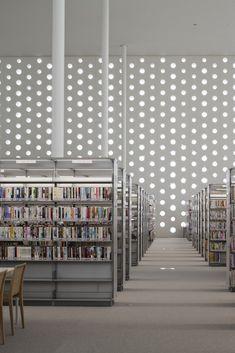 Kanazawa Umimirai Library designed by Coelacanth K Architects,   Kanazawa City, Japan. Photo by Satoshi Asakawa