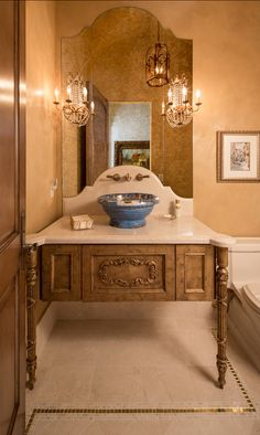 Traditional Bathroom. Timeless traditional bathroom design. #TraditionalBathroom #TraditionalInteriors