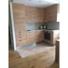 Kitchen with lindura flooring real wood, stronger than classic hardwood flooring Laminate Flooring, Hardwood Floors, Real Wood, Kitchen Cabinets, Interior, Classic, Design, Home Decor, Parquetry