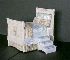 Good Sam Showcase of Miniatures: Furniture. Nancy Summers.